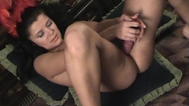 Порно фильм: Девушкой моей ты меня назови (2008)