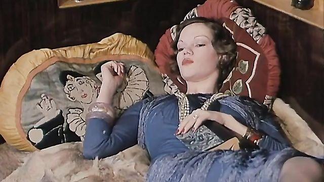 Тонкие стороны (Обучение баронессы) - порно фильм с переводом