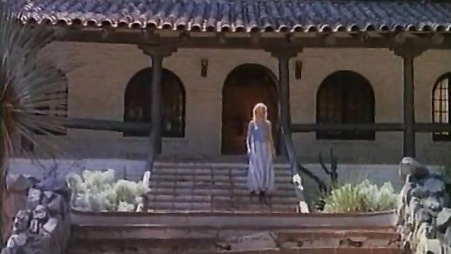 Порно фильмы: Прекрасная дикарка, с русским переводом