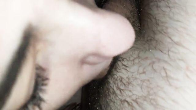Домашнее порно: Сладкий минет от молодой красотки