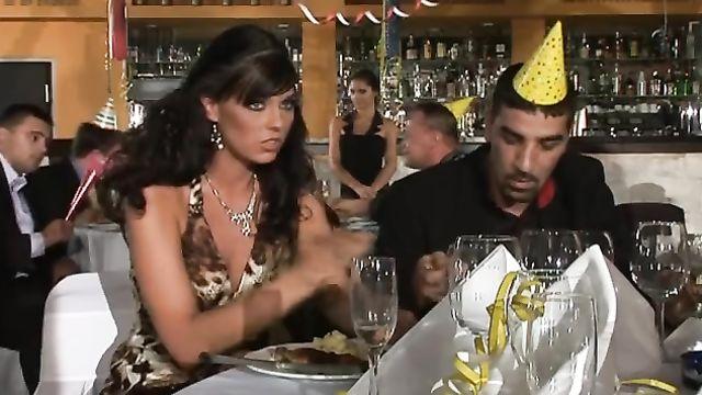 Новогодний порно фильм с русским переводом: Private Movies 41: Fucky New Year