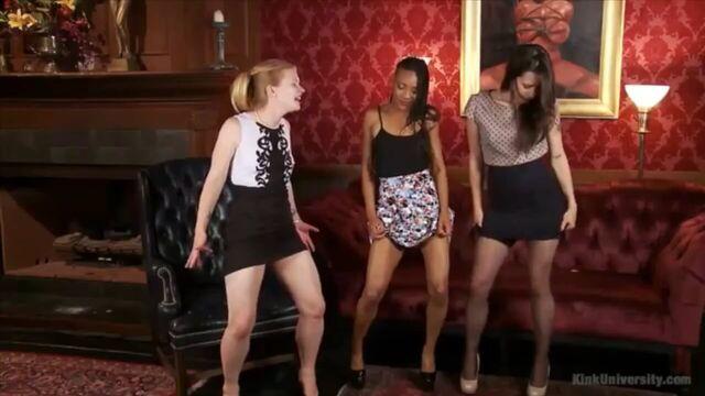 BDSM видео урок №3. Как делать куннилингус (с русским переводом)