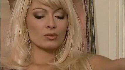Анита навсегда / Анита Дарк вечна (порнофильм с русским переводом)
