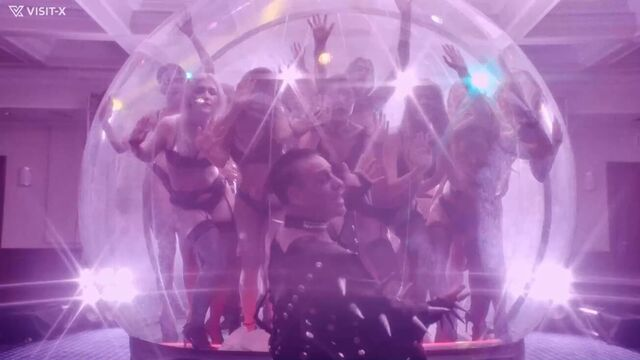 Порно клип: Lindemann (Rammstein) - Platz Eins, без цензуры [2020]