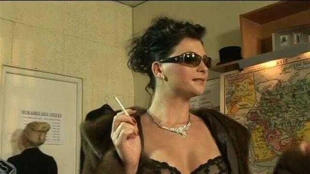 Жасмин в женской тюрьме — порно фильм на русском языке
