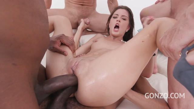 Первый раз двойной анальный секс для Cindy Shine с большими членами