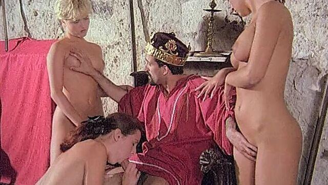 Робин Гуд - сексуальная легенда / Робин - похититель жен (порнофильм с переводом)