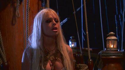 Пираты / Pirates XXX (2005) порнографический боевик с русским переводом!
