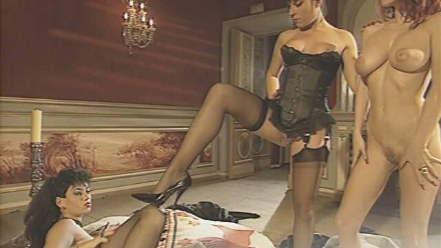 Замок анальных утех / Mansion of Desire (1994) порно фильм с переводом!