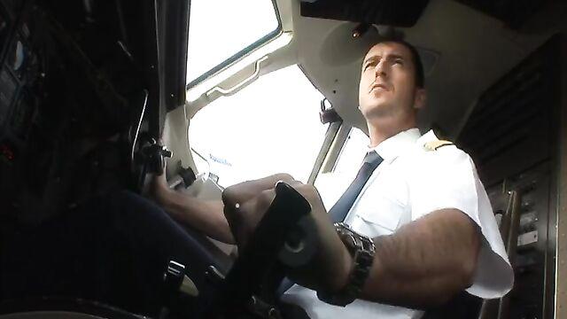 Авиалинии Дорселя: Полет на Ибицу (с русским переводом)