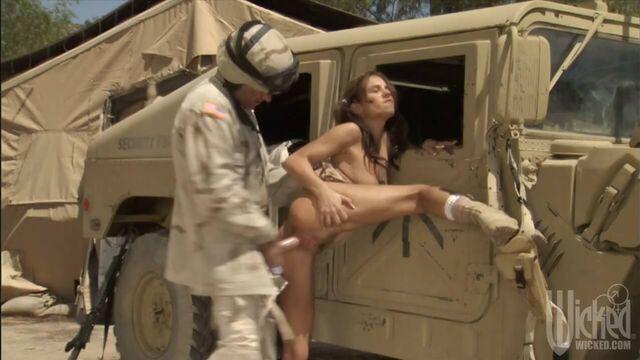 Возвращение / Coming Home (2007) военный порнофильм на русском языке