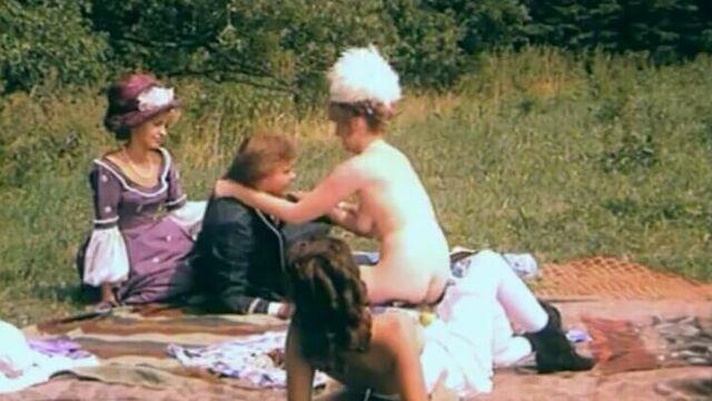 Из дневника Йозефины Мутценбахер (1981) с русским переводом