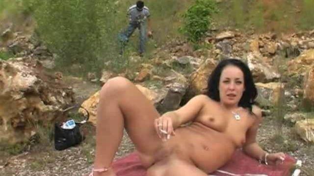 Маньяк в парке и молодые жертвы (полный порно фильм)