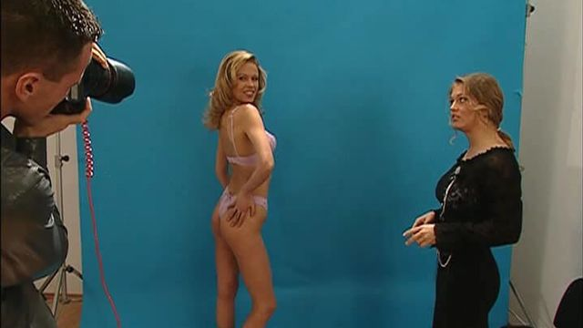 Секс модель Мелани (порнофильмы с русским переводом)