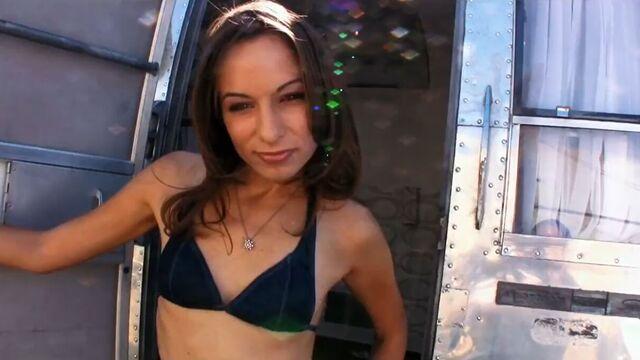 Танцовщицы Go Go | Pussy A Go Go (порнофильмы с русским переводом)