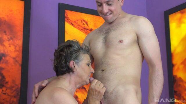 30 старушек залито спермой   30X Grannies Creamed, полный порно фильм