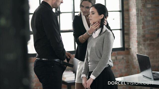 Русский институт: Дочь директрисы (Marc Dorcel)