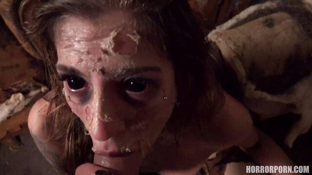 Порно ужасы: Проклятая красотка постарела за пару минут