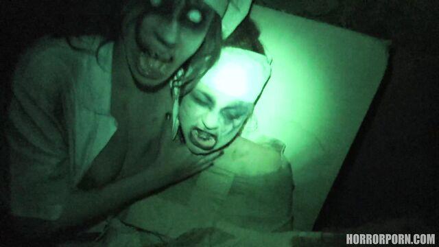 Порно ужасы: Больничные призраки в психбольнице