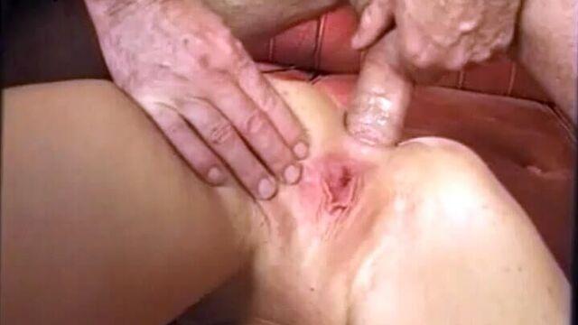 Первоклассные задницы 1, порнофильм с русским переводом