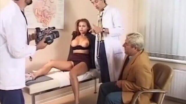 Первоклассные задницы 2, порнофильм с русским переводом