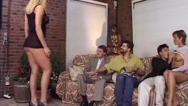 Первоклассные задницы 3, порнофильм с русским переводом