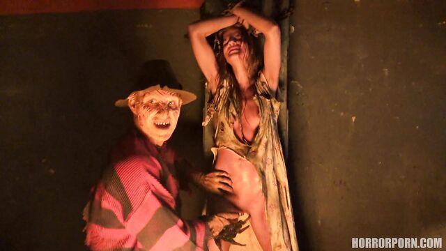 Порно ужасы: Кошмар на улице Вязов — Фредди Крюгер