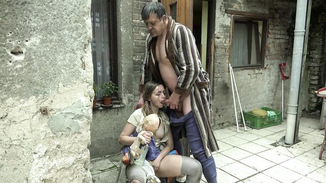 Сумасшедшая семейка | Twisted family [порно ужасы]