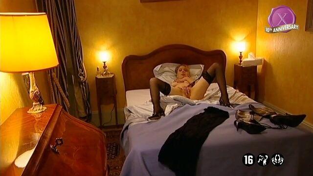 Ночь в борделе — полнометражное порно с русским переводом